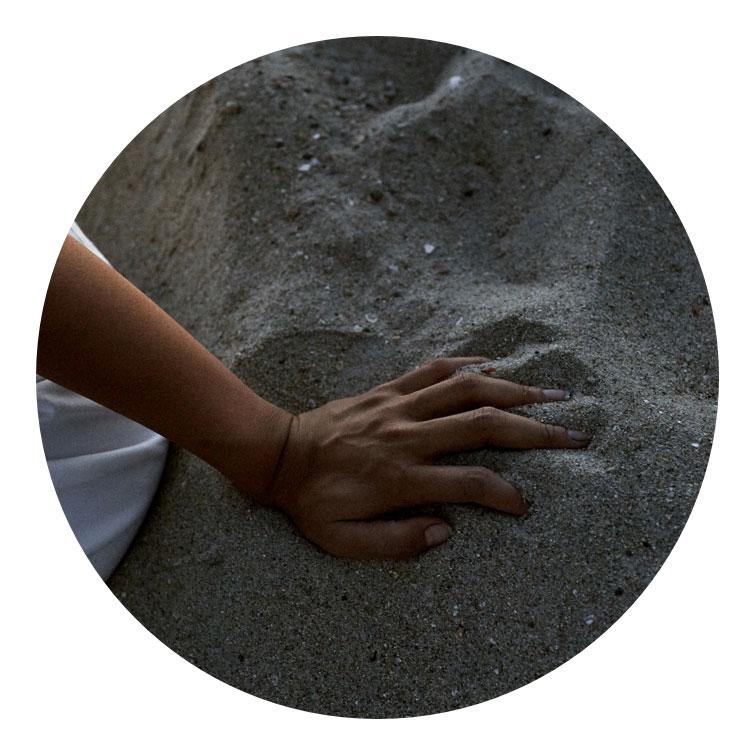 Maly Mann Hands Beach