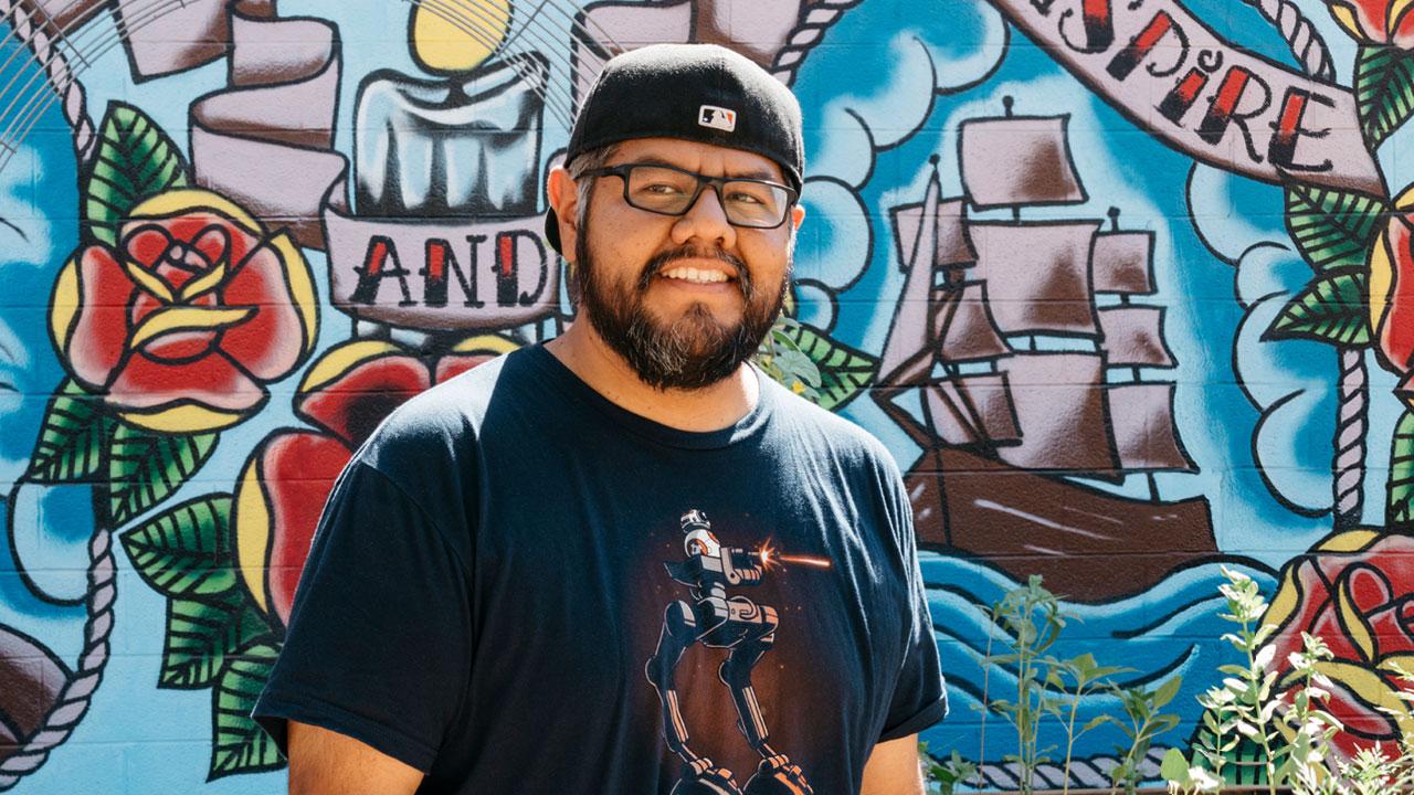 Miguel Hernandez, Zappos Resident Artist